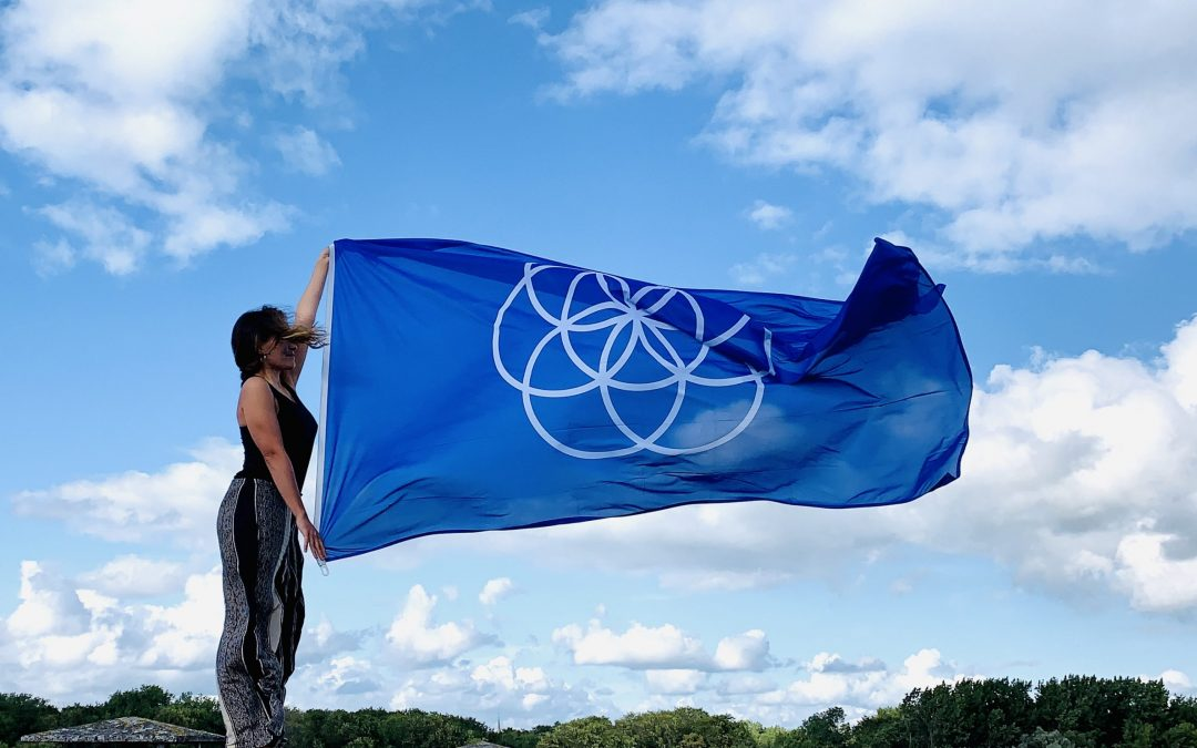 EarthFlag, the art of connecting people